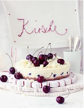 cheesecake mit kirschen bilder cheesecake mit kirschen foto. Black Bedroom Furniture Sets. Home Design Ideas