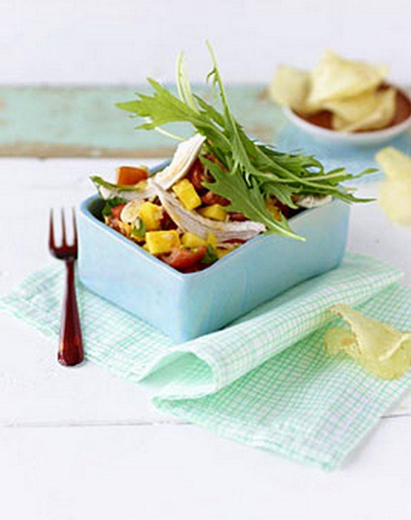 h hchensalat mit mango und tomaten bilder h hchensalat mit mango und tomaten foto. Black Bedroom Furniture Sets. Home Design Ideas
